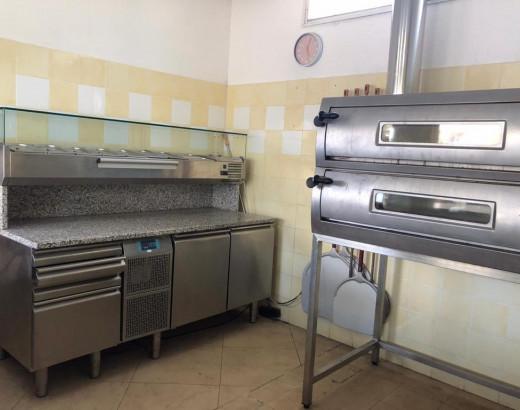 Vendesi pizzeria\gastronomia - business