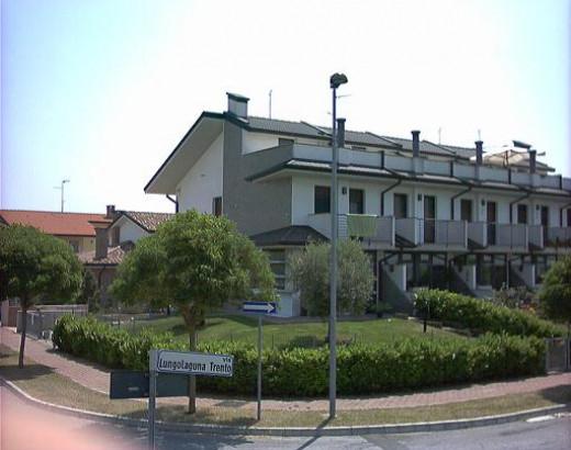 Villa a schiera di centro - Villa